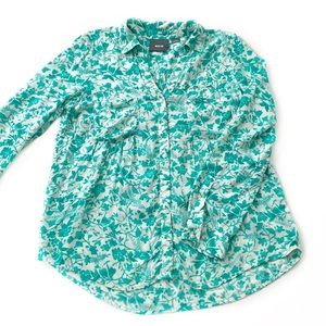 Maeve • Anthro Islet Floral Pleated Button Down